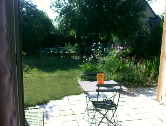 Le Séchoir du Ried - La terrasse et la vue du jardin